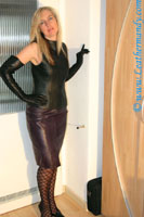 leathermandy000348_RJ