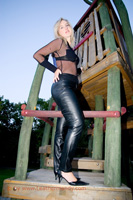 leathermandy008567