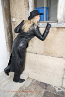 leathermandy009850
