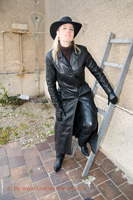 leathermandy009865