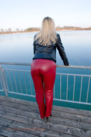 leathermandy010885