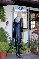 leathermandy0111494