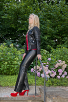 leathermandy0113468
