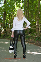 leathermandy0113627