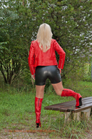 leathermandy0113936