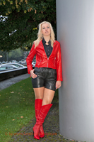 leathermandy0113971