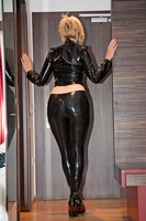 leathermandy0114206