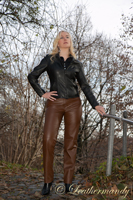 leathermandy0114458
