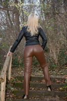leathermandy0114473
