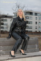 leathermandy0117827