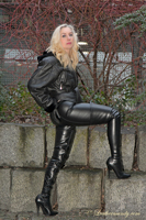 leathermandy0118101
