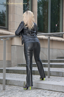 leathermandy0118721