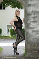 leathermandy0118828