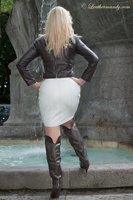 leathermandy0118922