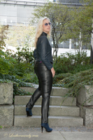 leathermandy0119352