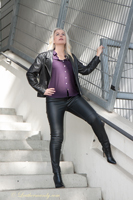 leathermandy01194298