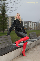 leathermandy01194530
