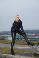 leathermandy01195561