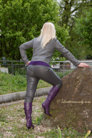 leathermandy01196033