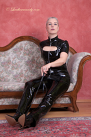 leathermandy01196129