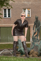 leathermandy01196188
