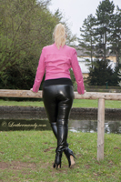 leathermandy01196287