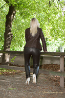 leathermandy01196593