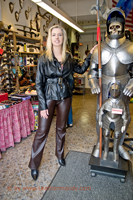 leathermandy015895