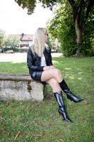 leathermandy016350