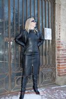 leathermandy017418